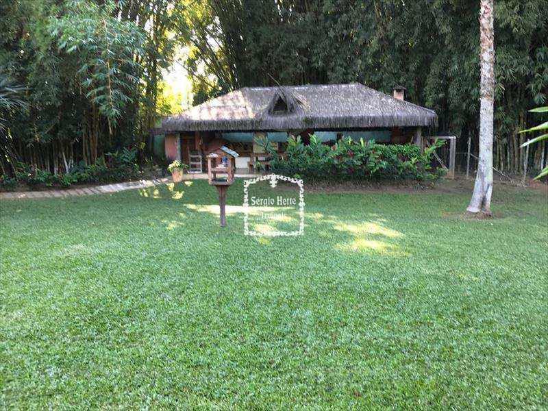Casa em Ilhabela, bairro Barra Velha