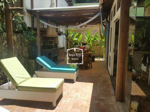 Sobrado de Condomínio, código 499 em Ilhabela, bairro Vila