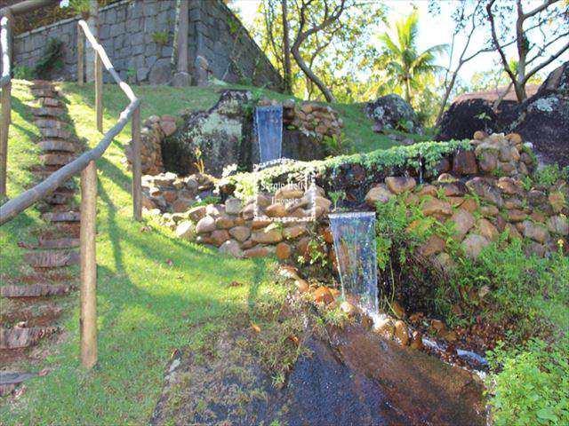 Sobrado de Condomínio em Ilhabela, no bairro Vila