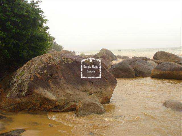 Sobrado em Ilhabela, no bairro Praia Grande