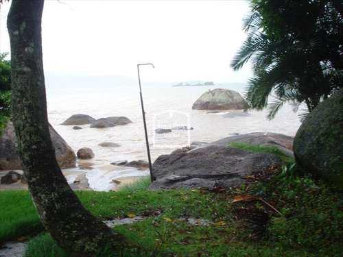 Sobrado, código 247 em Ilhabela, bairro Praia Grande
