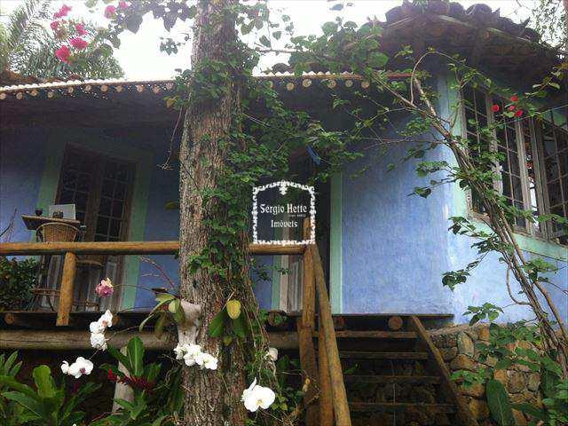 Casa em Ilhabela, bairro Taubaté