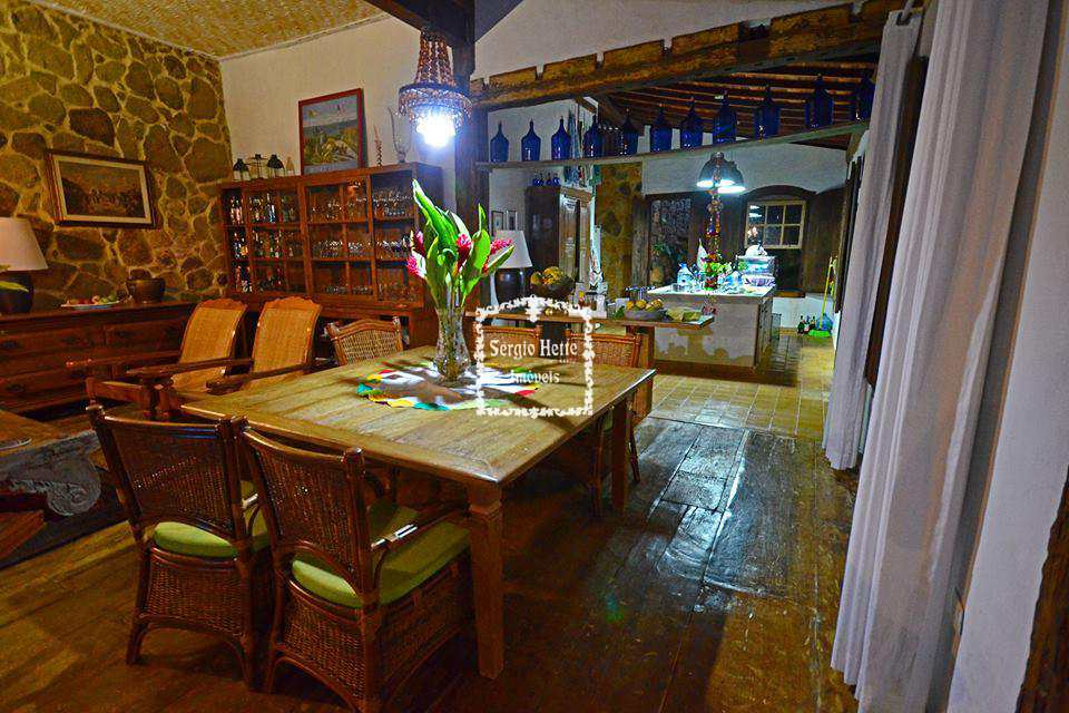 Casa de Condomínio em Ilhabela, no bairro São Pedro