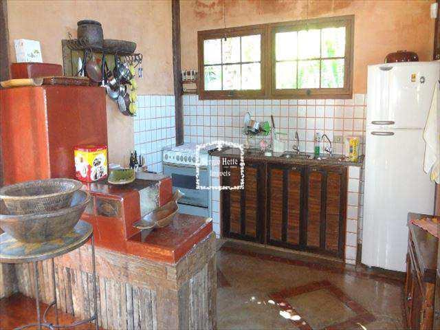 Sobrado de Condomínio em Ilhabela, bairro Feiticeira