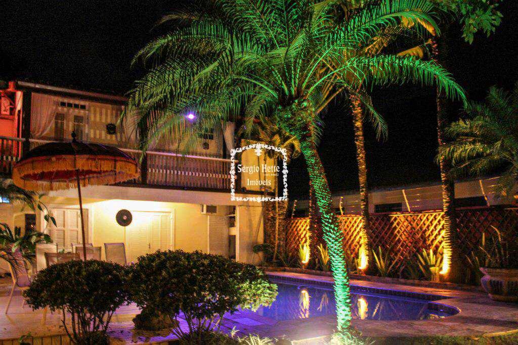 Casa em Ilhabela, no bairro Pequea