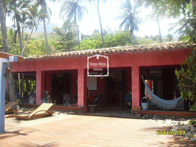 Casa em Ilhabela, bairro Siriúba