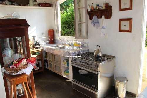 Casa, código 607 em Ilhabela, bairro Cocaia