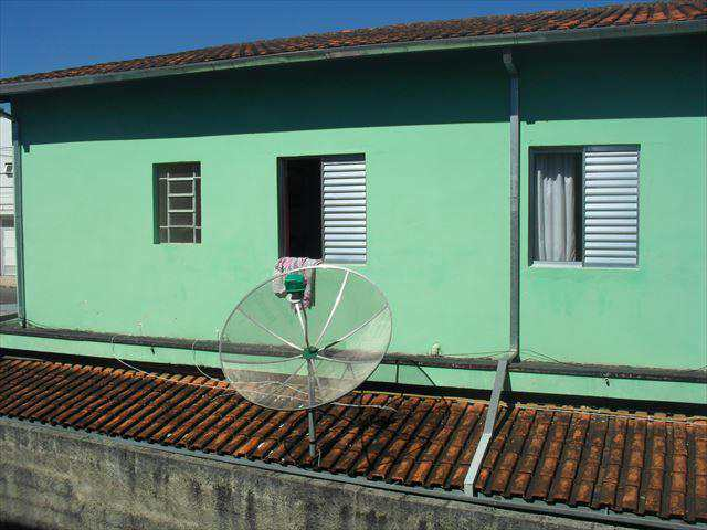 Sobrado em Biritiba-Mirim, no bairro Centro