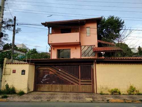 Casa, código 188 em Biritiba-Mirim, bairro Centro