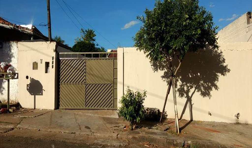 Casa em Presidente Venceslau, bairro Vila Alvorada