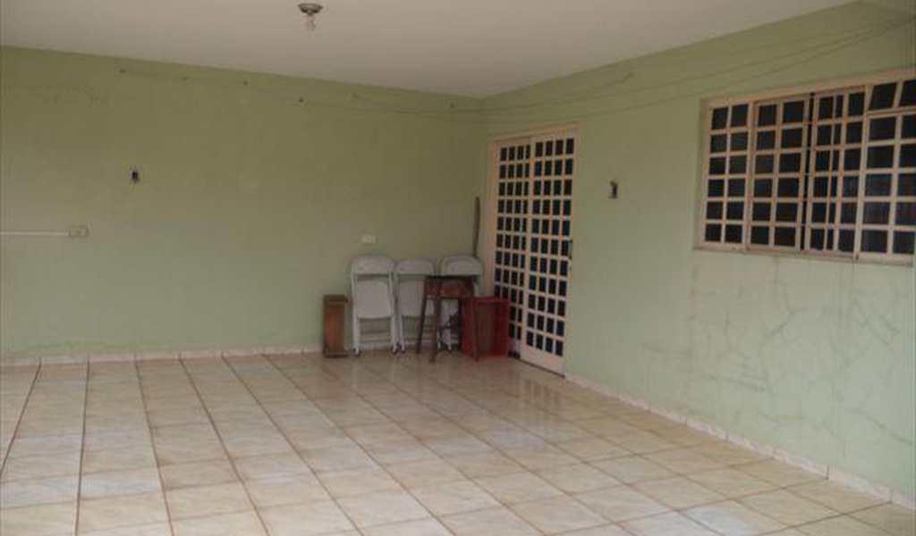 Casa em Presidente Venceslau, bairro Jardim Ipanema