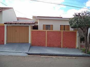 Casa, código 1474 em Presidente Venceslau, bairro Centro