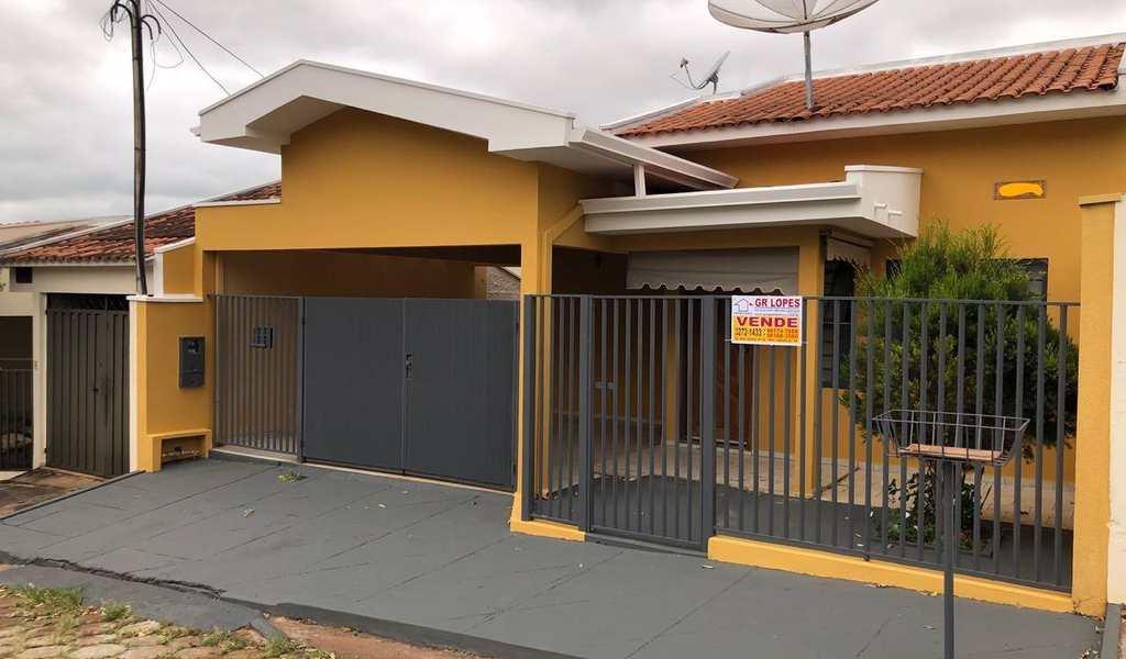 Casa em Presidente Venceslau, bairro Cidade Jardim