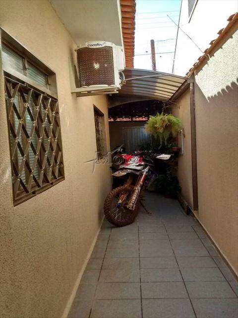 Casa em Cravinhos, bairro Jardim Bela Vista