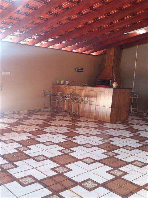Casa em Cravinhos, no bairro Jardim Alvorada