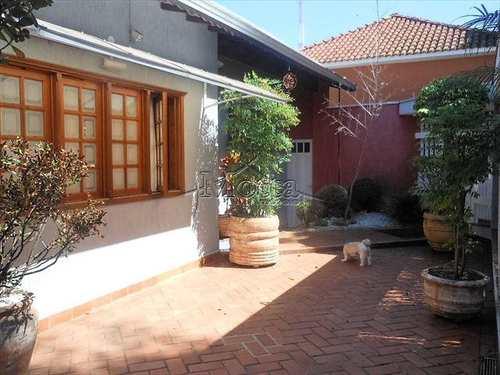 Casa, código 621 em Cravinhos, bairro Centro