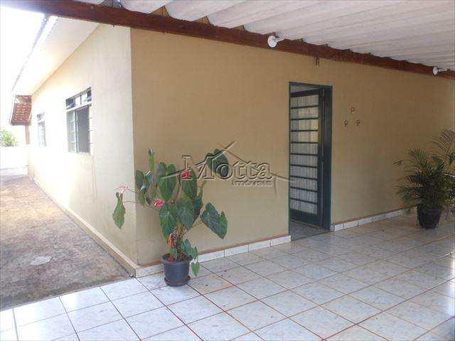 Casa em Cravinhos, no bairro Jardim Primavera