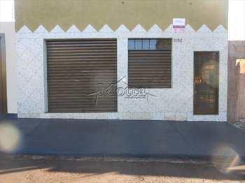 Salão, código 532 em Cravinhos, bairro Centro