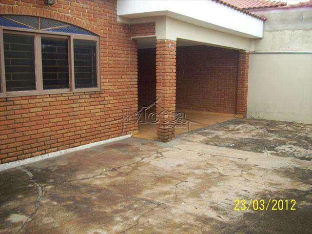 Casa em Cravinhos, bairro Vila Cláudia
