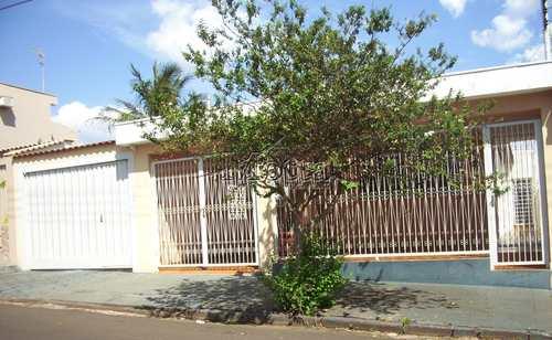 Casa, código 165 em Cravinhos, bairro Centro