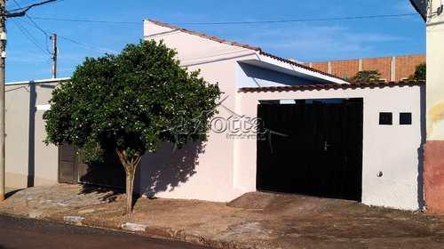 Casa, código 97 em Cravinhos, bairro Centro