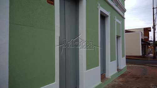 Sala Comercial, código 814 em Cravinhos, bairro Centro