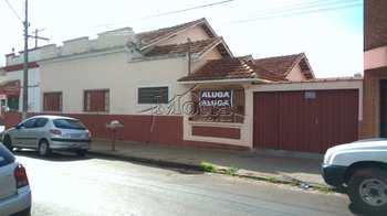 Casa, código 832 em Cravinhos, bairro Centro
