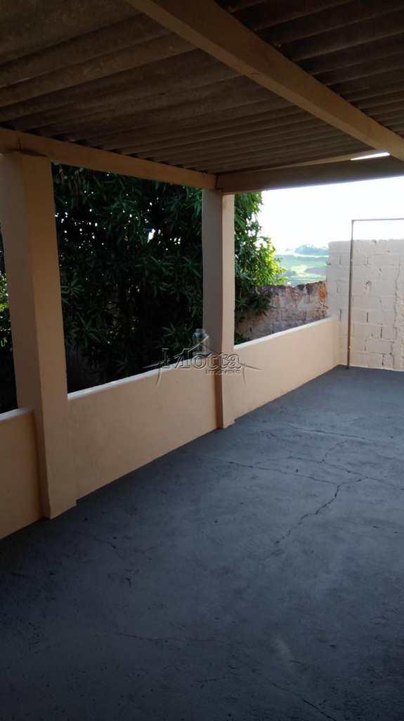 Casa em Cravinhos, bairro Bela Vista