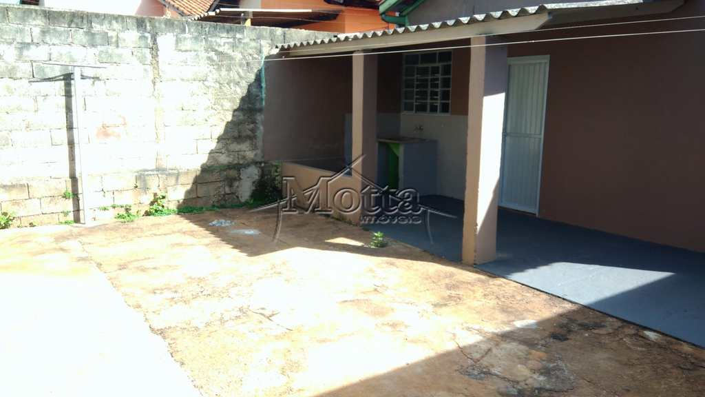 Casa em Cravinhos, bairro Jardim Alvorada