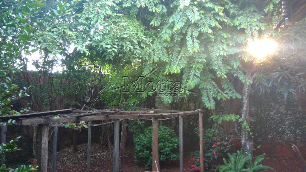 Casa em Cravinhos, bairro Jardim das Acácias