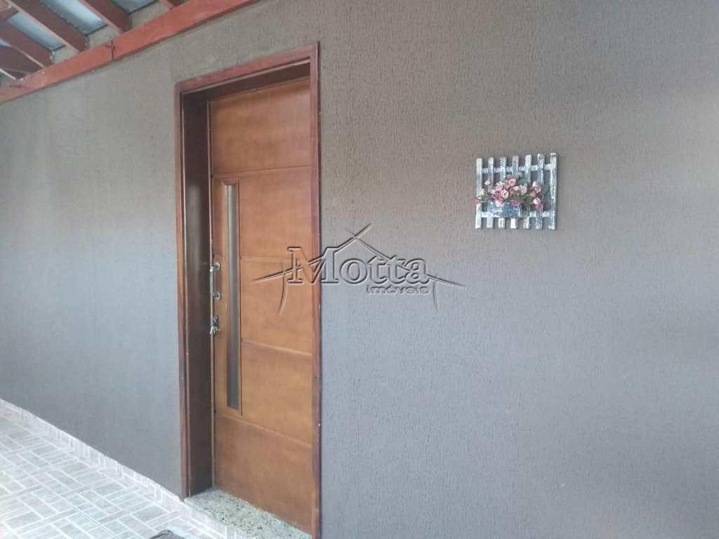 Casa em Cravinhos, no bairro Jardim Itamarati