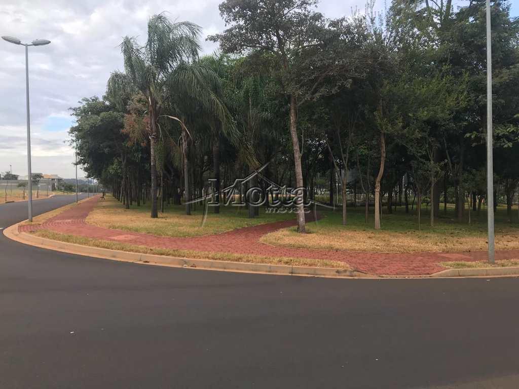 Terreno de Condomínio em Cravinhos, bairro Fazenda Santa Maria
