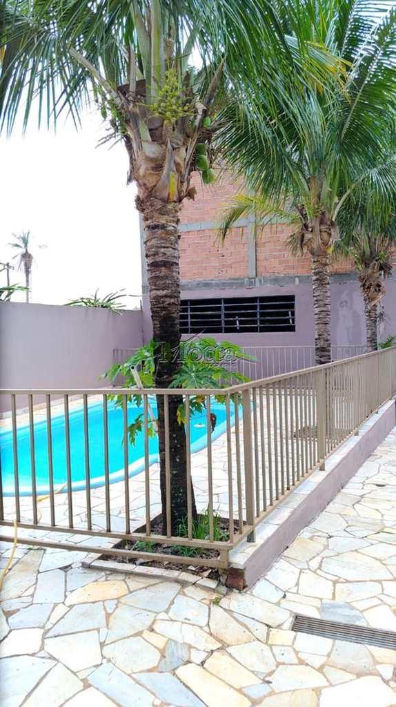 Prédio em Cravinhos, bairro Jardim Itapuã