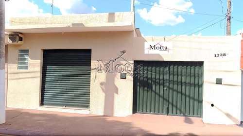 Casa, código 963 em Cravinhos, bairro Conjunto Habitacional Francisco Castilho