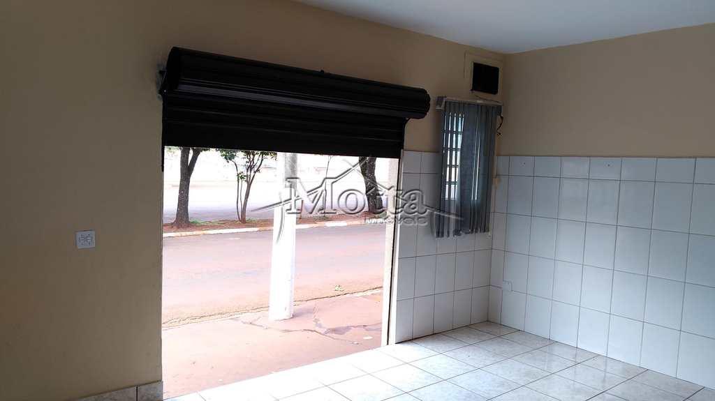 Sala Comercial em Cravinhos, no bairro Conjunto Habitacional Francisco Castilho