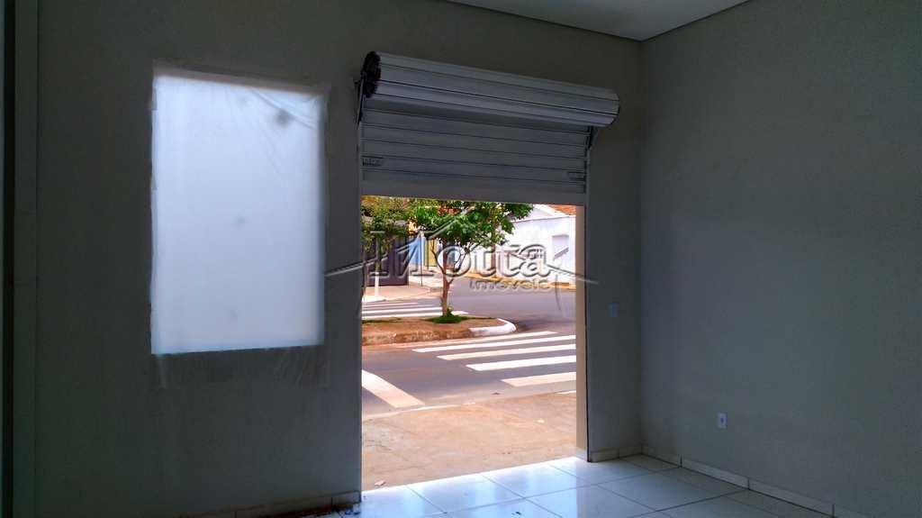 Sala Comercial em Cravinhos, no bairro Bela Vista