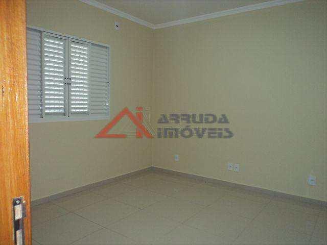 Casa de Condomínio em Salto, bairro Jardim Elizabeth