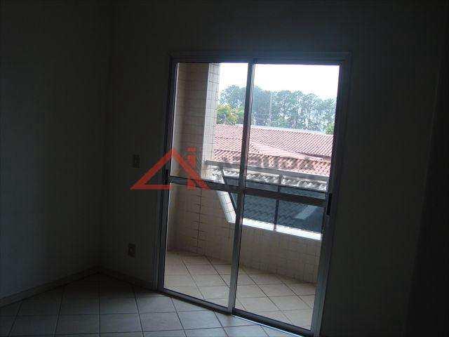 Apartamento em Itu, bairro São Luiz