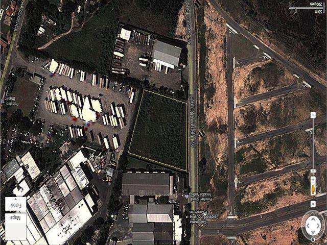 Terreno Comercial em Itu, bairro Parque das Rosas