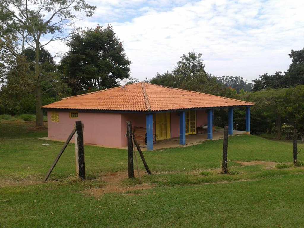 Sítio em Araçoiaba da Serra, no bairro Centro