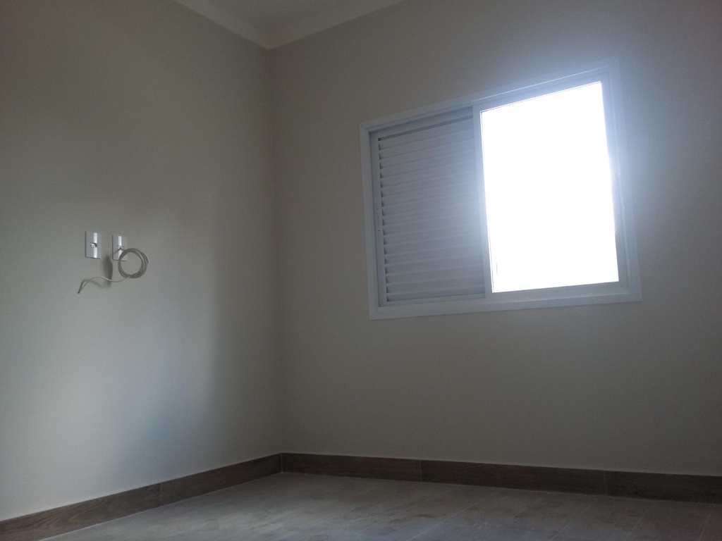 Casa de Condomínio em Itu, bairro Parque do Varvito