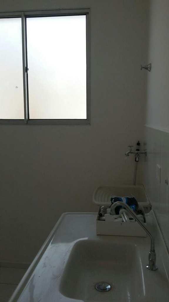 Apartamento em Itu, bairro Parque das Rosas