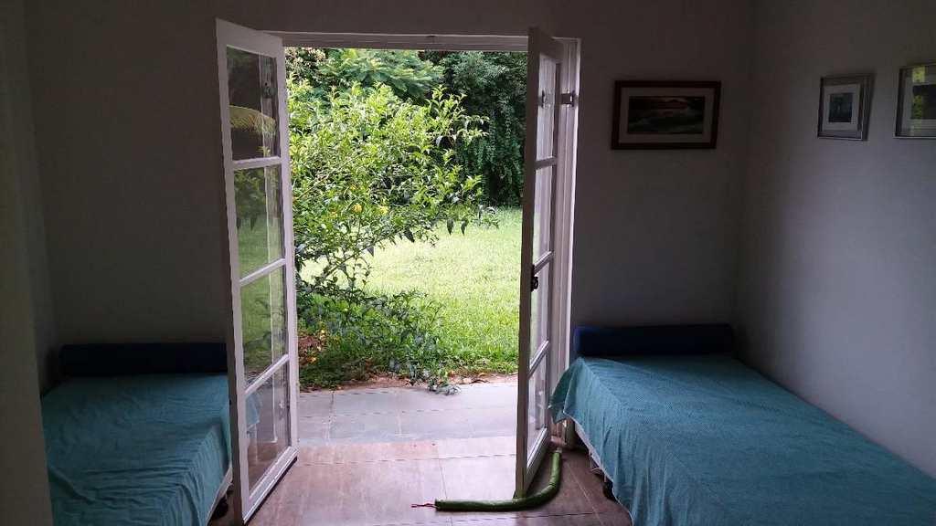 Casa de Condomínio em Cabreúva, bairro Pinhal