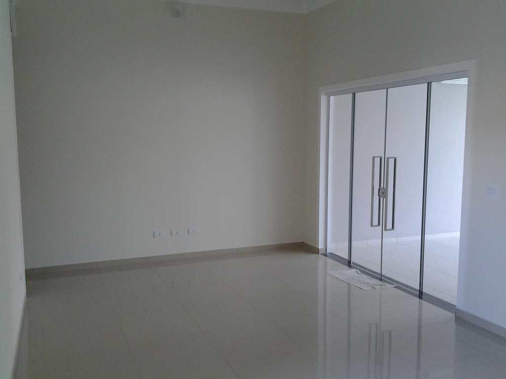 Casa de Condomínio em Salto, bairro Condomínio Ilha das Águas