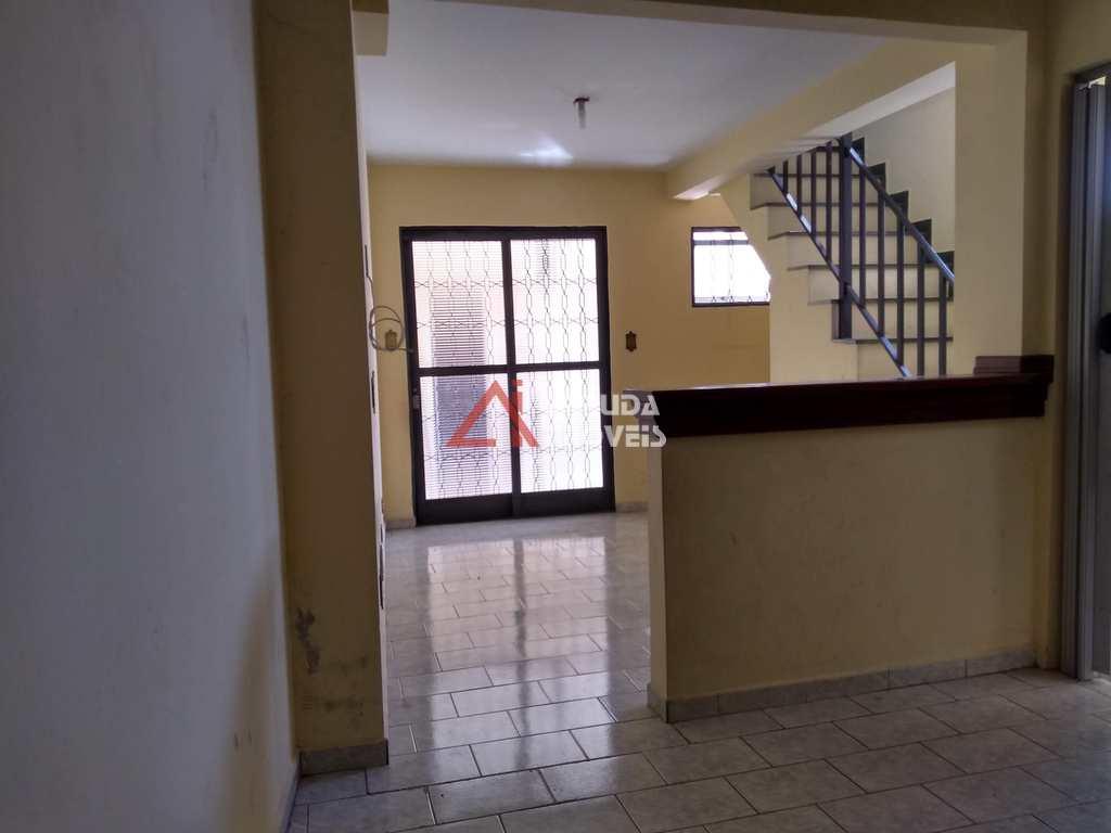 Casa em Itu, no bairro Vila Cleto