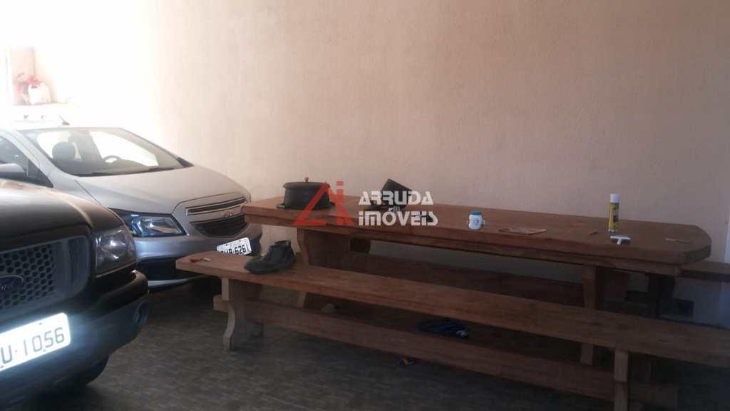Sobrado em Itu, no bairro Portal do Éden