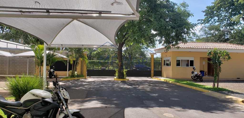 Condomínio em Pirassununga, no bairro Jardim Europa