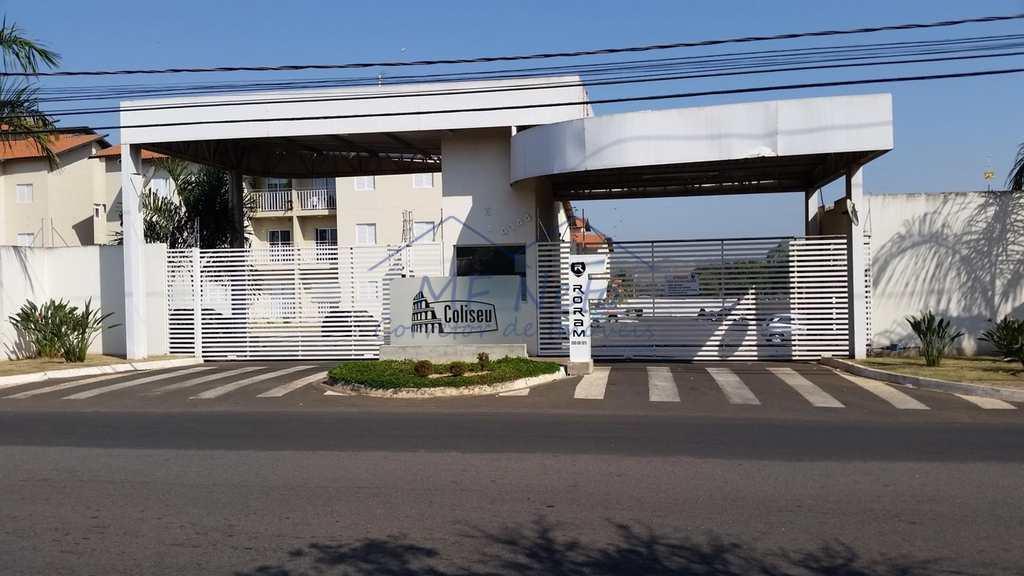 Condomínio em Pirassununga, no bairro Centro