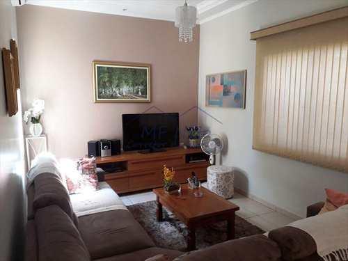 Casa, código 10121700 em Pirassununga, bairro Jardim Itália
