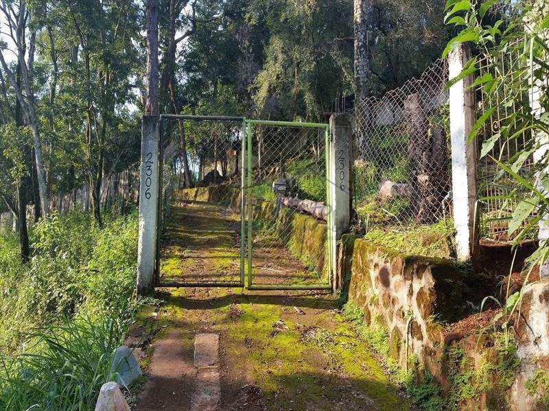 Chácara em Pirassununga, no bairro Cachoeira de Emas